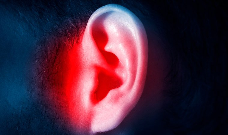 Боль в ушах как облегчить состояние