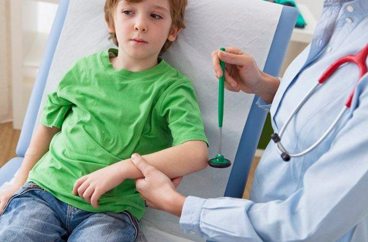 Детский нейрохирург
