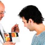 Геморрой: какой врач лечит?